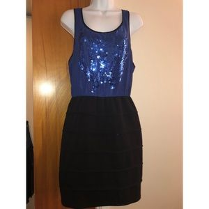 Forever 21 Blue and Black Sequined Dress M